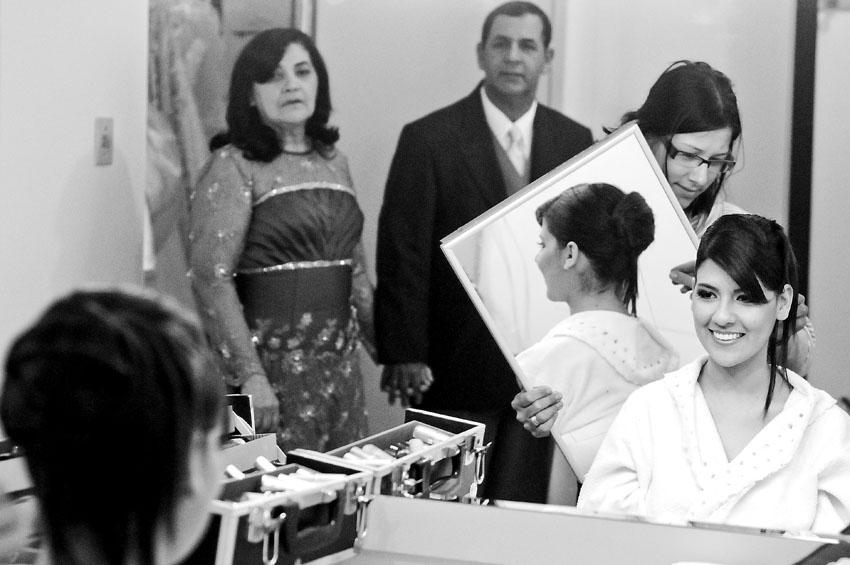 foto de casamento, fotografia, casamento, wedding, preto e branco, Curitiba, Paraná, Ig. Assemb. Deus,