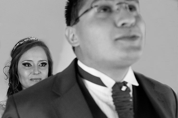 Mi e Vinicius, Casamento em São José dos Pinhais, Fotógrafo de Casamento em São José Dos Pinhais, Casamento em São José dos Pinhias, Casamento na Roda D´Água, Casamento em Curitiba, Fotógrafo  de Casamento em Curitiba, Curitiba, Paraná, Lee , Foto de Casamento, Casamento no Paraná, Fotógrafo de Casamento em Baurú, Wedding, Photo, Foto Preta e Branco, Fotojornalismo em Casamento